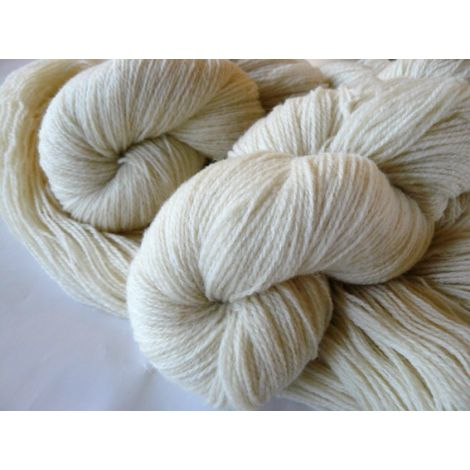 Wool yarn of Texel and Merino breeds